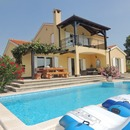 Villa with pool, 8 km far from Porec and the sea